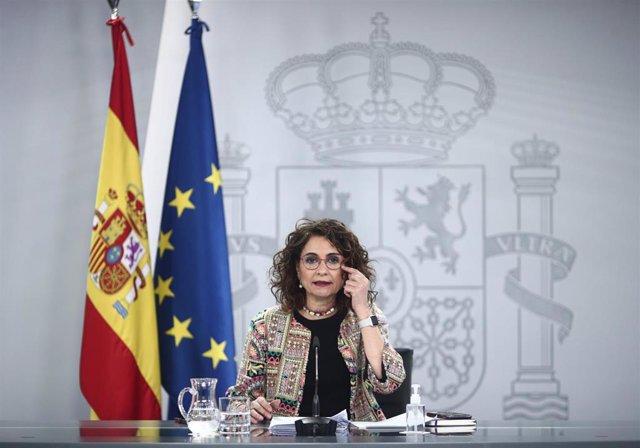 La ministra portavoz  y de Hacienda, María Jesús Montero, comparece en rueda de prensa posterior al Consejo de Ministros celebrado en Moncloa, en Madrid (España), a 9 de marzo de 2021.