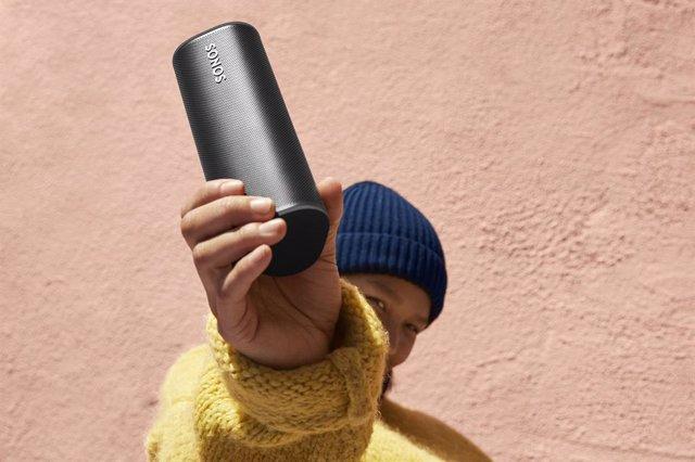 Archivo - Roam, el altavoz ultraportátil de Sonos