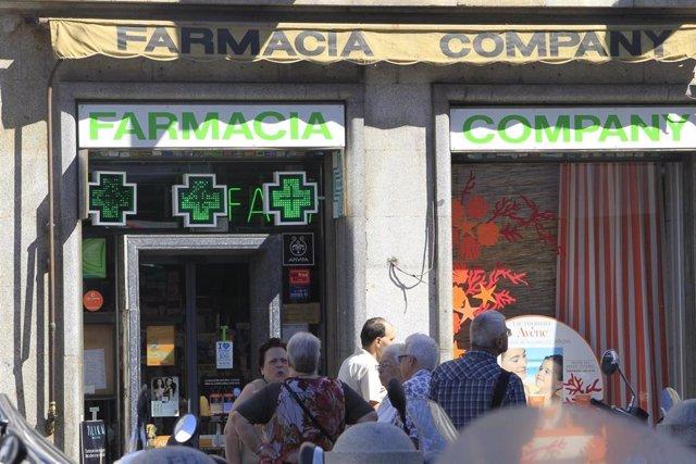 Archivo - Recursos de farmacia en el centro de Madrid