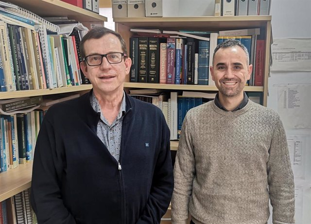 Los investigadores Jordi Salas-Salvadó (izquierda) y Andrés Díaz López.
