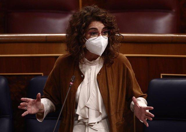 La portaveu del Govern central i ministra d'Hisenda, María Jesús Montero (Arxiu)