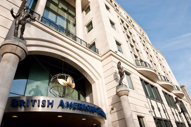 Archivo - Oficinas centrales de British AMerican Tobacco en Londres (Reino Unido).