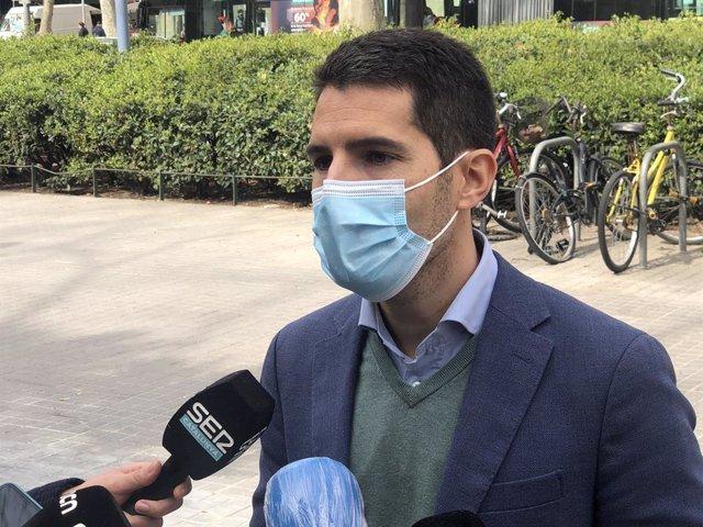 El diputat de Cs al Parlament Nacho Martín Blanco en declaracions als periodistes a Barcelona l'11 de març del 2021.