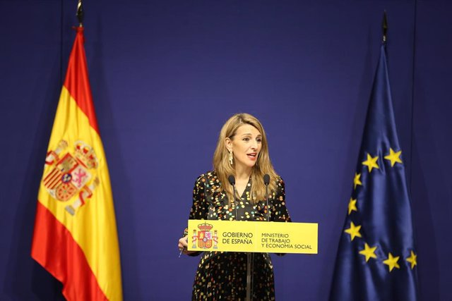 La ministra de Trabajo, Yolanda Díaz, explica el acuerdo sobre 'riders'