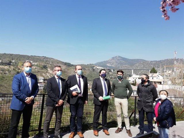 Visita de la Junta a Huétor Santillán