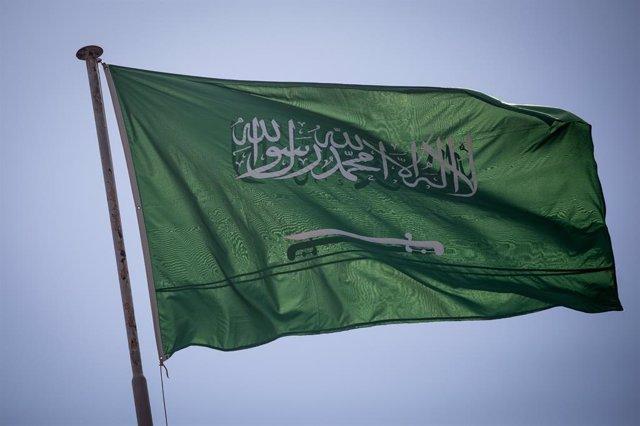 Archivo - Bandera de Arabia Saudí en Estambul.