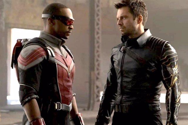 Falcon y el Soldado de Invierno se disputan ser el nuevo Capitán América en el nuevo spot de la serie de Disney+