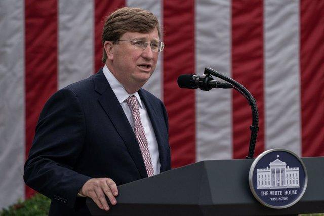 El gobernador republicano de Mississippi, Tate Reeves.