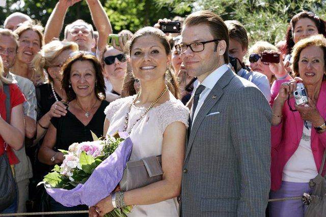 La príncesa Victoria de Suecia y su esposo Daniel.