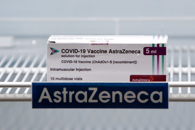 12 March 2021, Thailand, Bangkok: A box of the AstraZeneca vaccine is seen in a cooling refrigerator Photo: Chaiwat Subprasom/SOPA Images via ZUMA Wire/dpa