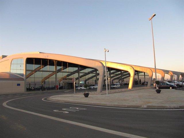 Archivo - Aeropuerto de León situado en la localidad de La Virgen del Camino
