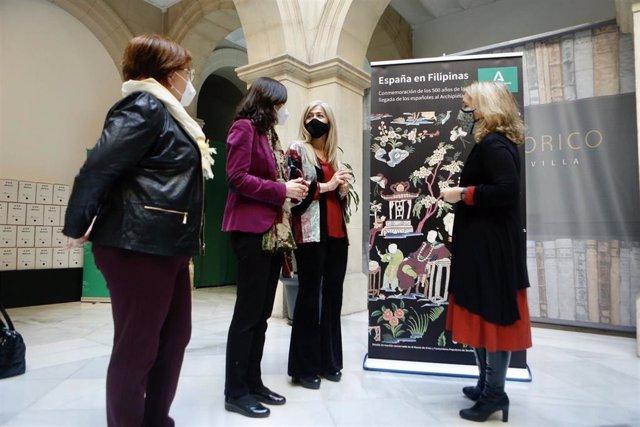 La consejera de Cultura y Patrimonio Histórico, Patricia del Pozo, presenta en el Archivo Histórico Provincial de Sevilla la programación 'España en Filipinas'.