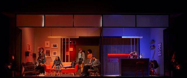 Fotografia de la comèdia teatral 'Sopar amb batalla', de Jordi Casanovas.
