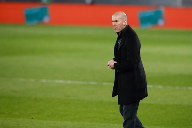Zinedine Zidane, head coach of Real Madrid, gestures during the the spanish league, La Liga Santander, football match played between Real Madrid and Real Sociedad at Alfredo Di Stefano stadium on march 01, 2021, in Valdebebas, Madrid, Spain.