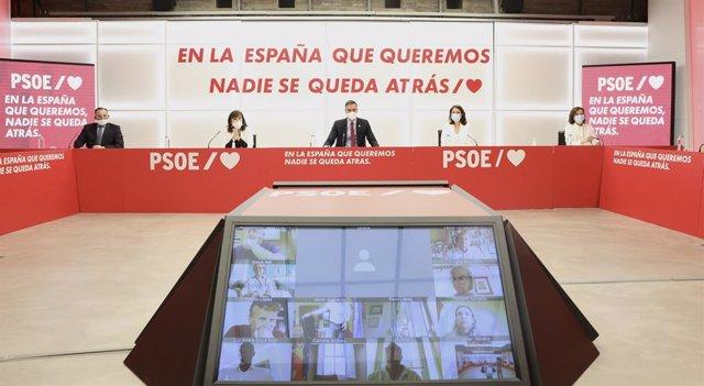 Archivo - Executiva Federal del PSOE en una foto d'arxiu.