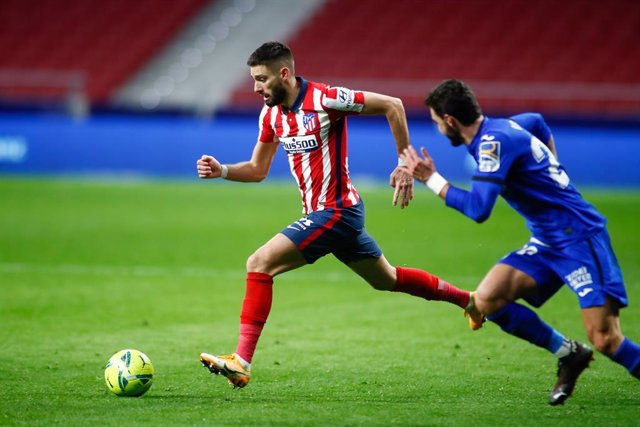 Archivo - Yannick Carrasco of Atletico de Madrid in action during the spanish league, La Liga Santander, football match played between Atletico de Madrid and Getafe CF at Wanda Metropolitano stadium on december 30, 2020, in Madrid, Spain