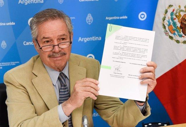 Archivo - El ministro de Exteriores argentino, Felipe Carlos Solá
