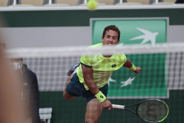 Archivo - El tenista español Roberto Carballés