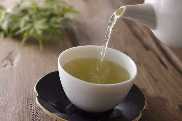 Taza de té verde.