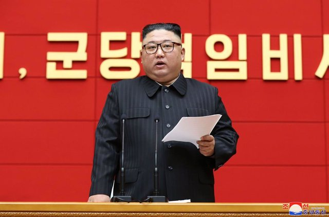 HANDOUT - 03 March 2021, North Korea, Pyongyang: A photo provided by North Korea's state news agency KCNA on 4 March 2021 shows North Korean leader Kim Jong-un speaking during a meeting of secretaries of the Workers' Party of Korea in charge of cities and