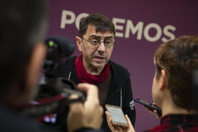 Archivo - El profesor de la Universidad Complutense Juan Carlos Monedero en la Inauguración de la sede provincial de Podemos en Ciudad Real