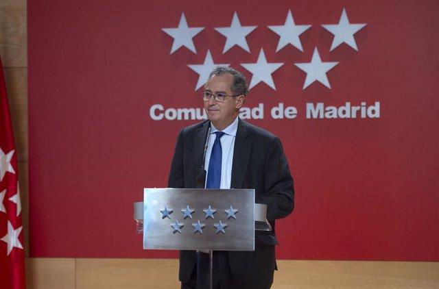 El consejero y portavoz del Gobierno de la Comunidad de Madrid, Enrique Ossorio, comparece tras la reunión del Consejo de Gobierno extraordinario celebrado en la Real Casa de Correos, en Madrid (España), a 11 de marzo de 2021.