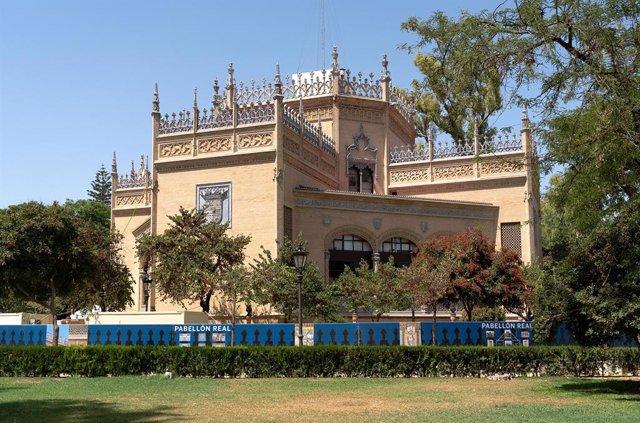Archivo - Pabellón Real, en el parque de María Luisa, diseñado por el arquitecto regionalista Aníbal González.