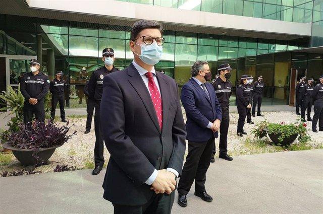 Pimentel, en la incorporación de agentes de la Policía de Barrio