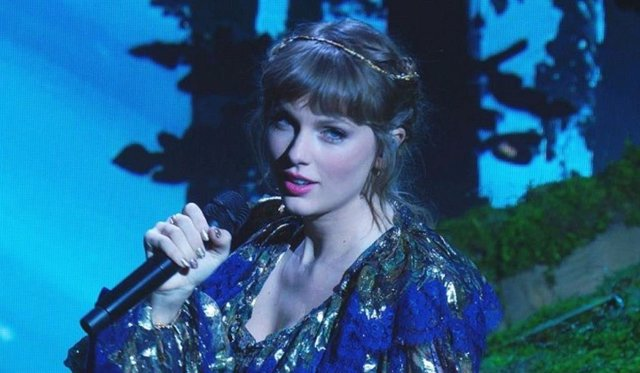 Así fue la mágica actuación de Taylor Swift en los Grammy 2021