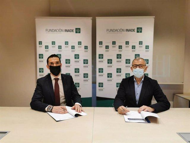 Renovación acuerdo de colaboración entre Santalucía Seguros y Fundación Inade.