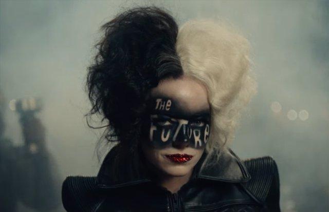Cruella: La transformación de Emma Stone en villana protagoniza el nuevo tráiler