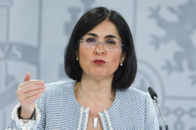 La ministra de Sanidad, Carolina Darias, ofrece una rueda de prensa tras la reunión del Consejo Interterritorial de Salud, en Madrid (España), a 10 de marzo de 2021. El Ministerio de Sanidad y las Comunidades Autónomas han acordado finalmente este miércol