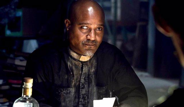 The Walking Dead: Seth Gilliam justifica el gran pecado del padre Gabriel