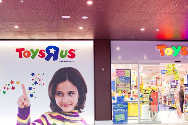Archivo - Tienda Toys R Us