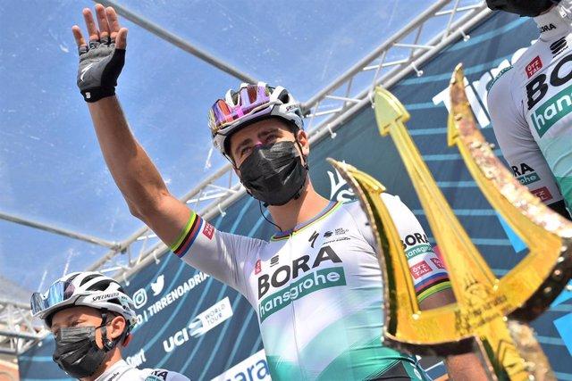Peter Sagan durante su participación en la Tirreno-Adriático 2021