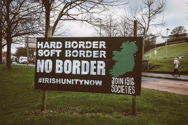Cartel republicano en Irlanda del Norte