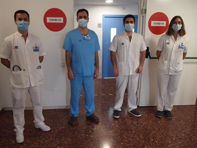 De izquierda a derecha, los investigadores Jose Gregorio González, Diego Rodríguez Chiaradia, Roberto Chalela y Diana Badenes, que han participado en el estudio