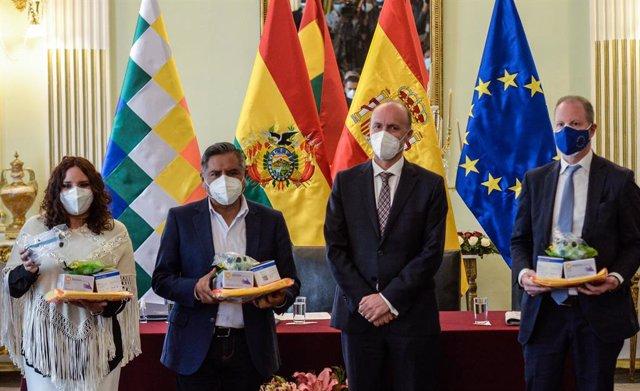 12 March 2021, Bolivia, La Paz: Michael Doczy (R), ambassador of the European Union in Bolivia, participates in an act of delivery of biosecurity material to the Bolivian government. Photo: Ricardo Carvallo Terán/ABI/dpa