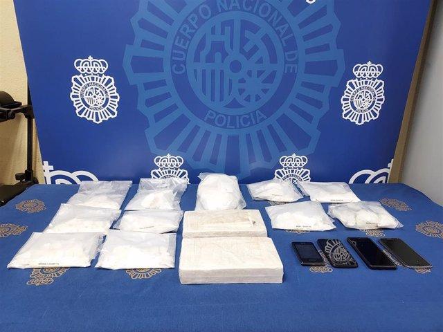 """""""La Policía Nacional Detiene A Un Importante Narcotraficante Que Operaba En El Sur De Madrid"""" (Hay Imágenes)"""