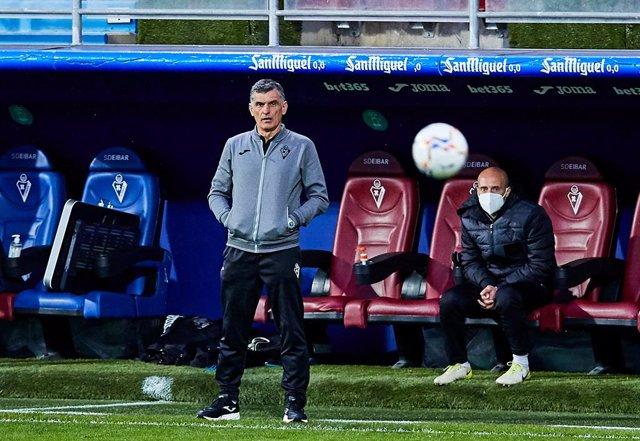 Jose Luis Mendilibar, head coach of SD Eibar SAD during the Spanish league, La Liga Santander, football match played between SD Eibar SAD and Villarreal CF at Ipurua stadium on March 14, 2021 in Eibar, Spain.