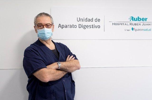 E Dr. Sarbelio Rodríguez, Jefe de Servicio de Aparato Digestivo del Complejo Hospitalario Ruber Juan Bravo.
