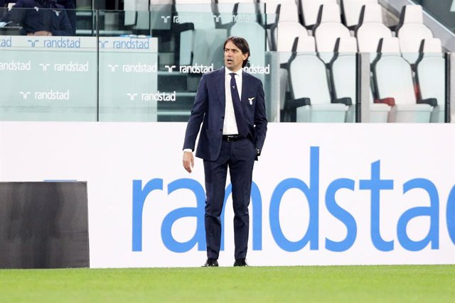 06 March 2021, Italy, Turin: Lazio coach Simone Inzaghi gestures on the sidelines during the Italian Serie A soccer match between Juventus and Lazio at the Allianz Stadium. Photo: Tano Pecoraro/LaPresse via ZUMA Press/dpa