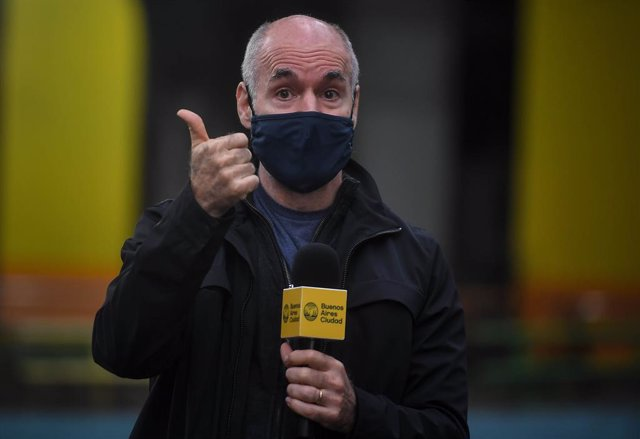 Archivo - 23 July 2020, Argentina, Buenos Aires: Chief of Government of Buenos Aires Horacio Rodríguez Larreta wearing a face mask speaks during the presentation of a Coronavirus (Covid-19) test kit developed by Argentine scientists. Photo: Victor Carreir