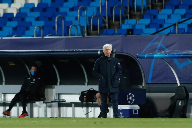 Gian Piero Gasperini, head coach of Atalanta, looks on during the UEFA Champions League, Round of 16, football match played between Real Madrid and Atalanta de Bergamo at Alfredo di Stefano on March 16, 2021, in Valdebebas, Madrid, Spain.