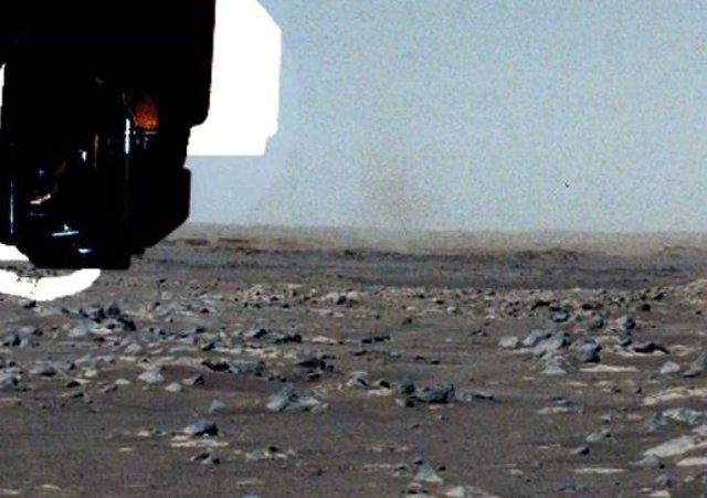 Diablo de polvo captado por el rover Perseverance
