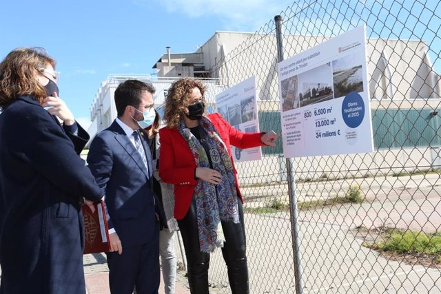 La tinent d'alcalde de Barcelona Janet Sanz, el vicepresident del Govern, Pere Aragonès, la consellera de Justícia, Ester Capella. A Barcelona, el 17 de març del 2021.