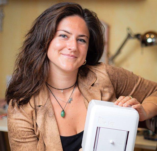 Judit Giró, ganadora del Premio James Dyson 2020 por su invento The Blue Box.