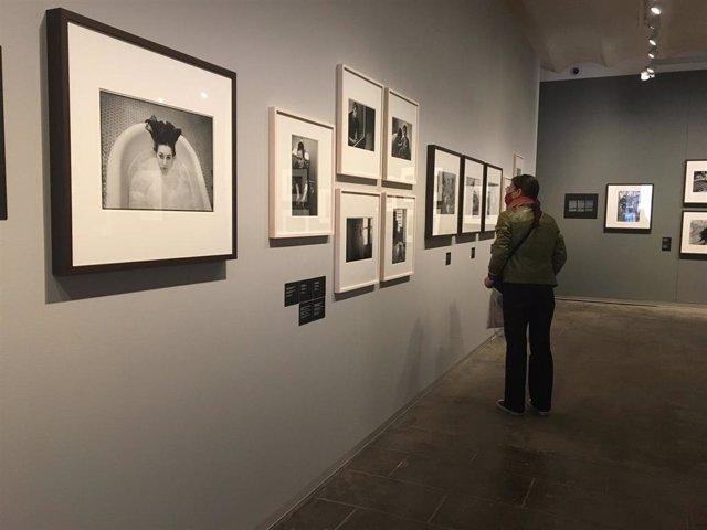 La muestra 'Mary Ellen Mark: Vidas de mujeres', en la Fundación Foto Colectania
