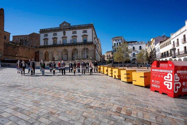 Cáritas abrirá en Cáceres a finales de abril la primera tienda de ropa de segunda mano en Extremadura