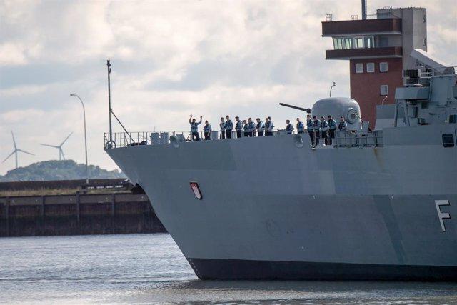 Archivo - La fragata alemana 'Hamburg', parte de la operación 'Irini' en el Mediterráneo para garantizar la aplicación del embargo internacional de armas a Libia